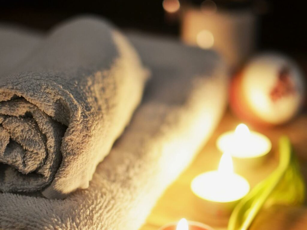 bathroom-beauty-salon-candlelight-3188 (1)
